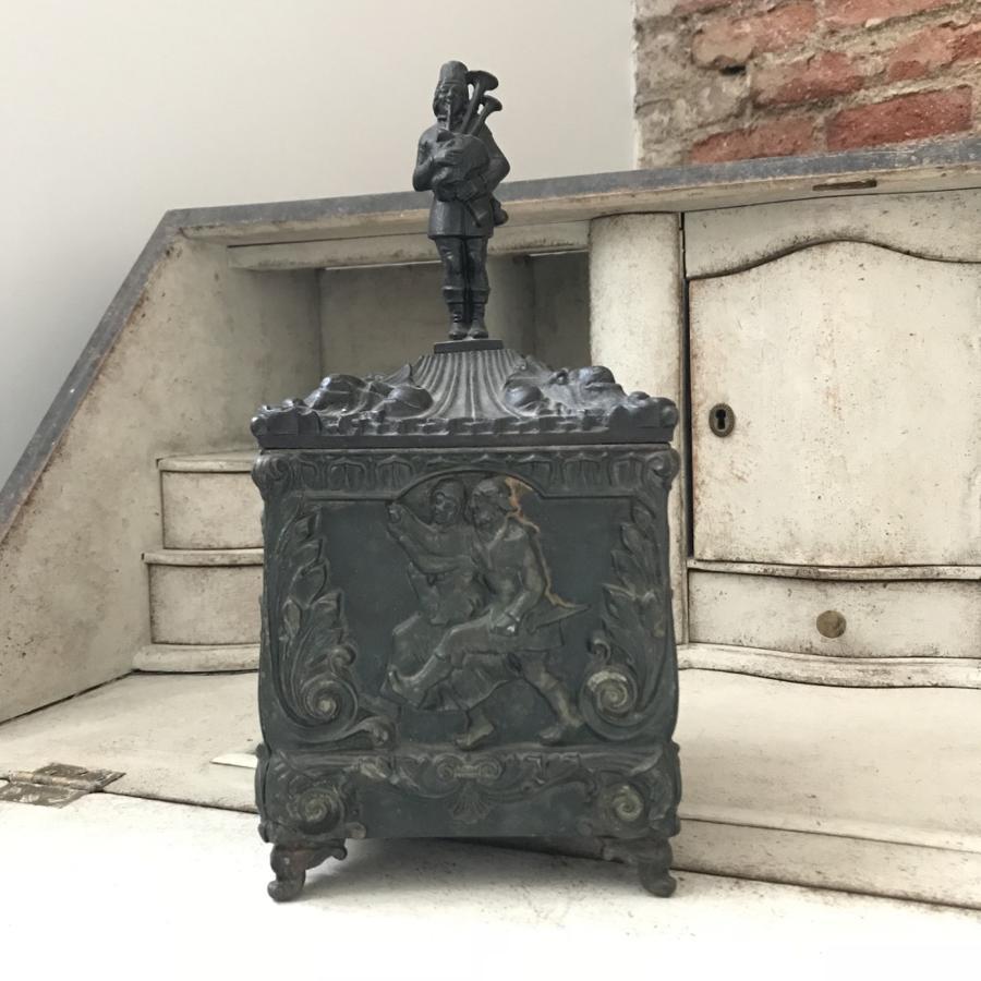 Tobacco Metal Box, Circa 1820