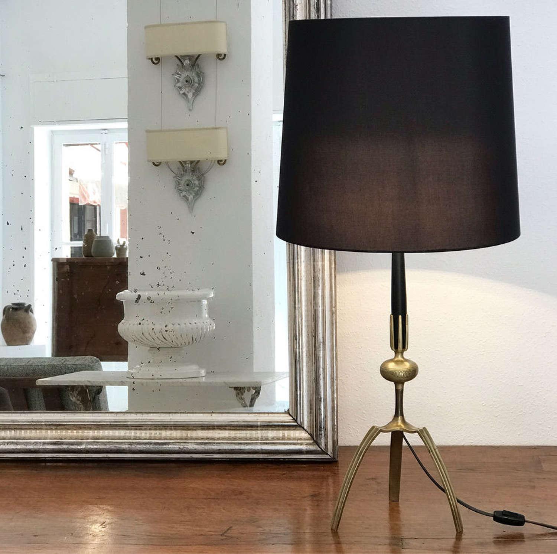 Mid Century Design Table Lamp